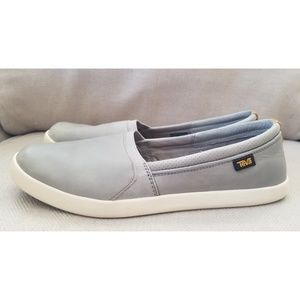Teva Willow Grey Leather Slip On Shoes Size 11